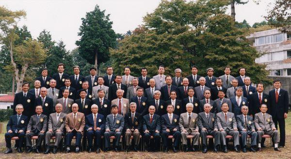 創立35周年記念全員集合写真