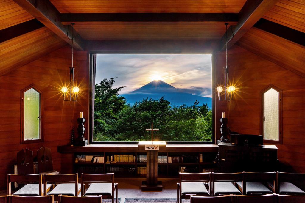 YMCA東山荘からのダイヤモンド富士